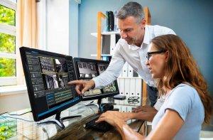 videoxpert-professional-2-monitors-user-interface