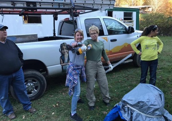 Mission 500 Community Service Strikes a Chord with Pelco Exec